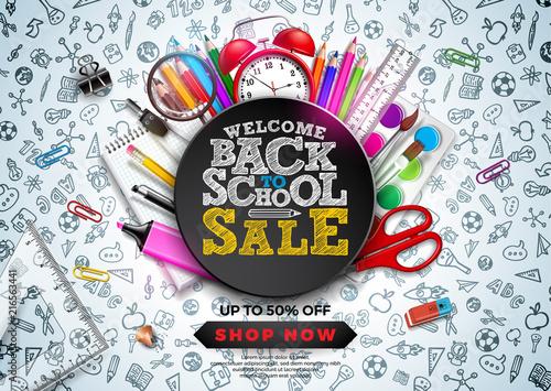 Powrót do szkoły sprzedaż projekt z kolorowy ołówek, budzik i inne przedmioty szkolne na tle ręcznie rysowane doodles. Szkoła ilustracji wektorowych z typografii na kupon, kupon, baner, ulotki