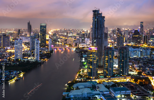 In de dag Bangkok Bangkok night view in the business district. at twilight