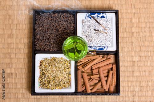 In de dag Zen Herbs on tatami