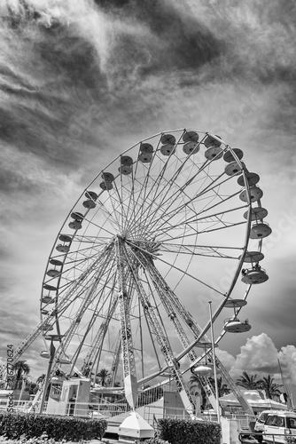 Canvas Amusementspark Freizeitpark Riesenrad Konstruktion Waggons