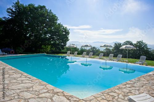 Fotobehang Toscane Swimming pool