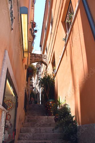 Aluminium Smalle straatjes street of Taormina