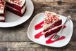 Quadro Red Velvet cake slice on wooden table