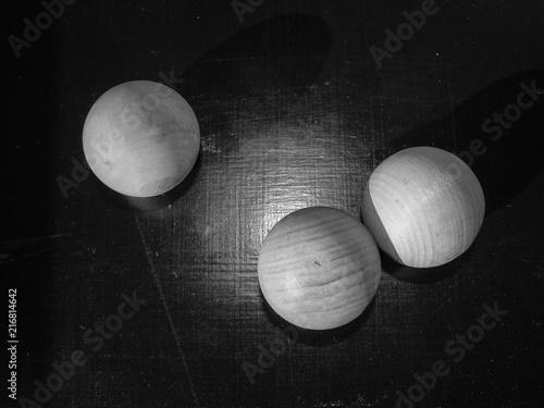 wooden balls - 216814642