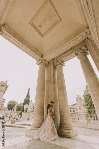 Fridge magnet Wedding couple in Rome, Italy