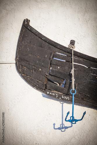 In de dag Schip Wooden boat on a wall