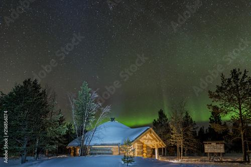 Canvas Noorderlicht Northern lights over the Kota in Lapland