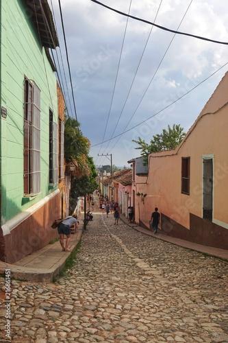 Aluminium Smalle straatjes Häuser in Trinidad - Kolonialstadt - Kuba