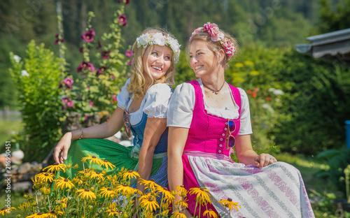 Leinwanddruck Bild Bavarian Beautys III