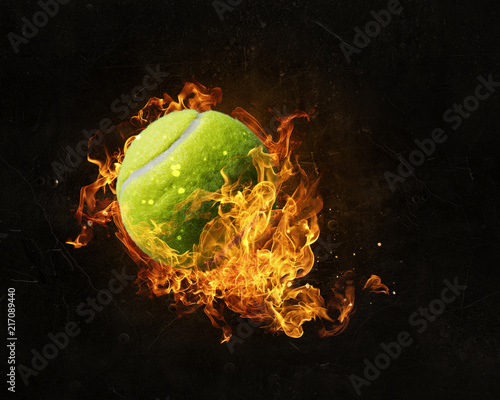 Aluminium Tennis Tennis ball in fire