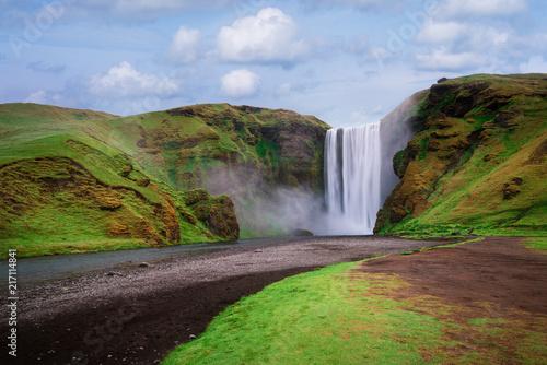 Foto Spatwand Zomer Skogafoss waterfall in Iceland in summer