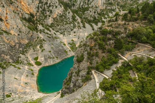 In de dag Bergrivier Imotski Blue Lake in Limestone Crater near Split, Croatia