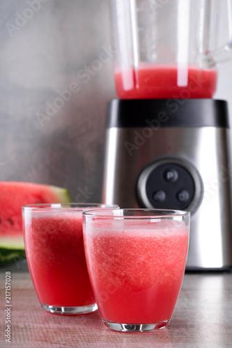 Canvas Sap Watermelon smoothie on wood background , healthy drink. Summer. Watermelon pieces. Blender