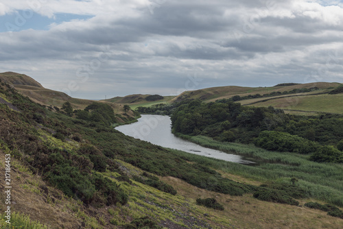 Fotobehang Bleke violet mire loch, St Abbs Nature Reserve, Scotland