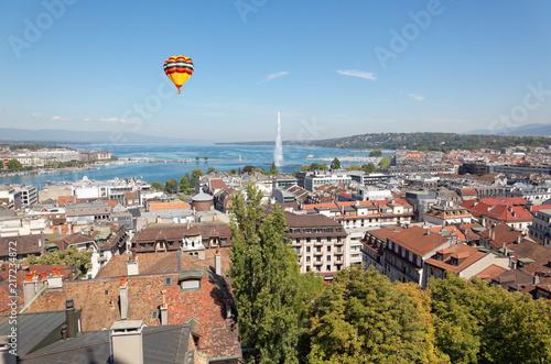 Foto Murales The city of Geneva in Switzerland, a aerial view