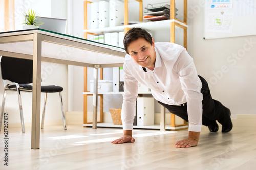 Sticker Businessman doing push up