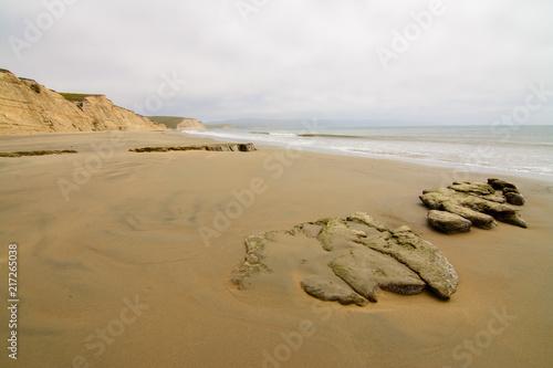 Canvas Wit Calm coastline of ocean