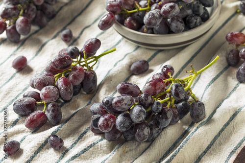 Raw Organic Purple Grapes