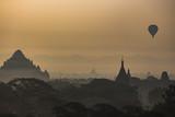 Myanmar, Bagan al tramonto - 217438859