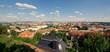 Krajobraz Pragi, stolicy Czech w piękny pogodny letni dzień