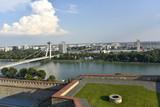 Le Danube et le pont du soulèvement national (Bratislava)