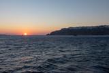 Coucher de Soleil sur l'île de Santorin dans les Cyclades Grecques - 217515899