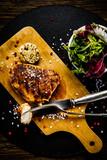 Grilled chicken fillet and vegetables - 217518000
