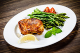 Grilled chicken breast and vegetables - 217519878