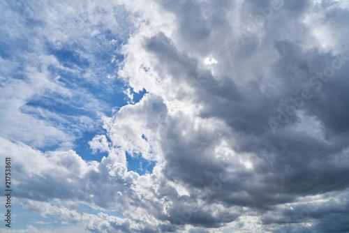 Foto Murales Himmel Hintergrund mit Wolken vor Sonne
