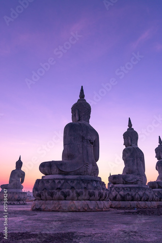 Foto Spatwand Boeddha Big buddha stature with color of sky, Public in thailand