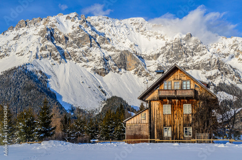 Foto Murales house in the alps