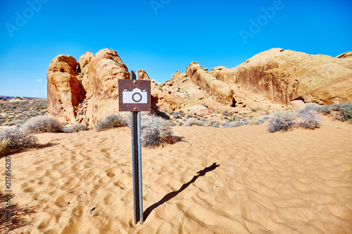 Fotobehang Natuur Scenic spot photo sign, Valley of Fire State Park, Nevada, USA.