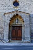 Porte entrée d'église - 217672022