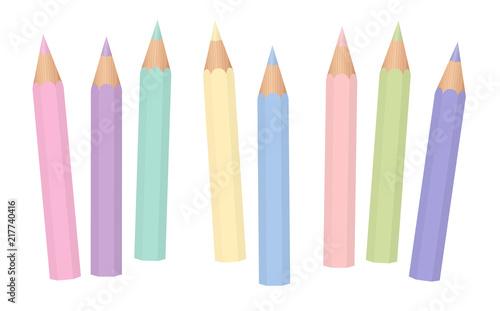 Pastelowe kolory. Miękkie kolorowe kredki dla dzieci. Krótkie ołówki luźno ułożone. Ilustracja na białym tle wektor na białym tle.