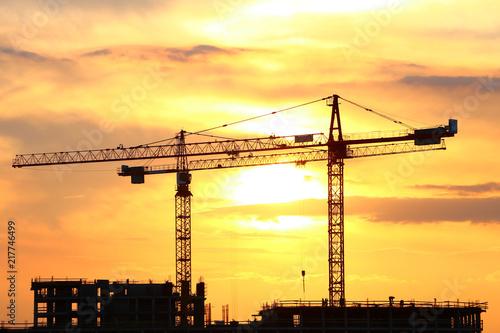 zurawie-budowlane-w-stylu-industrialnym