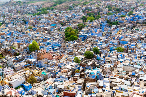 Foto Murales Aerial view of Jodhpur city, Rajasthan, India. The famous blue city, seen from Mehrangarh fort.