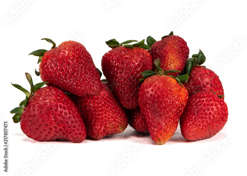 Foto Murales Large Bunch of Strawberries on White