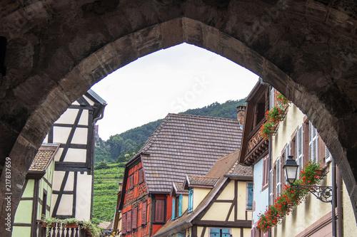 Poster Ribeauvillé. Maisons à colombages, Alsace, Haut Rhin. Grand Est