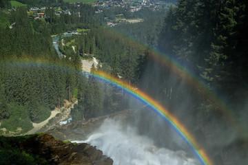 Regenbogen am Krimmler Wasserfall, Österreich