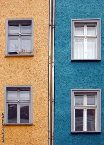 Foto Murales Sanierte Altbauten