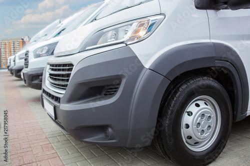 Foto Murales minibuses and vans outside
