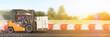 Leinwanddruck Bild - Transport und Liefer Konzept mit schnellem Gabelstapler