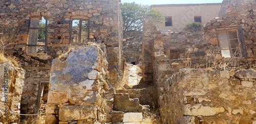 Naklejka Aufgang ruinen spina longa