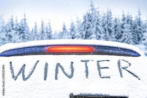 Leinwanddruck Bild Winter car and snow