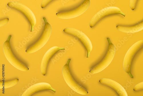 banany-na-zoltym-tle