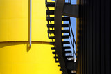 Industrietank mit Treppe