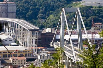 Crollo del ponte Morandi a Genova © Enrico Di Cino