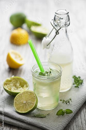 Leinwanddruck Bild Lemonade