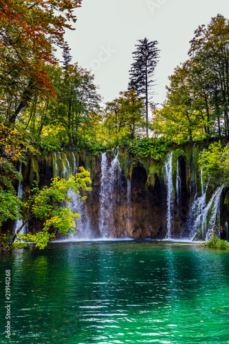 The karst Plitvice Lakes - 219141268