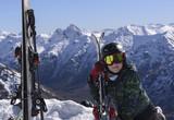 Disfrutando desde la cumbre, luego de un dia largo de esqui.